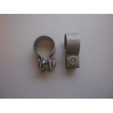 Pipe clip - front pipe to silencer - 10/4
